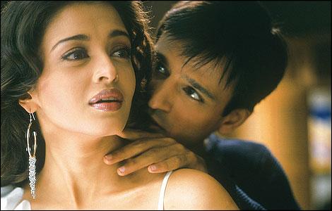Samir karnik & Aishwarya Rai Talks About Their Film Kyon Ho Gaya Na On MTV